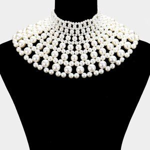 Cream  Pearl Beaded Collar Necklace A
